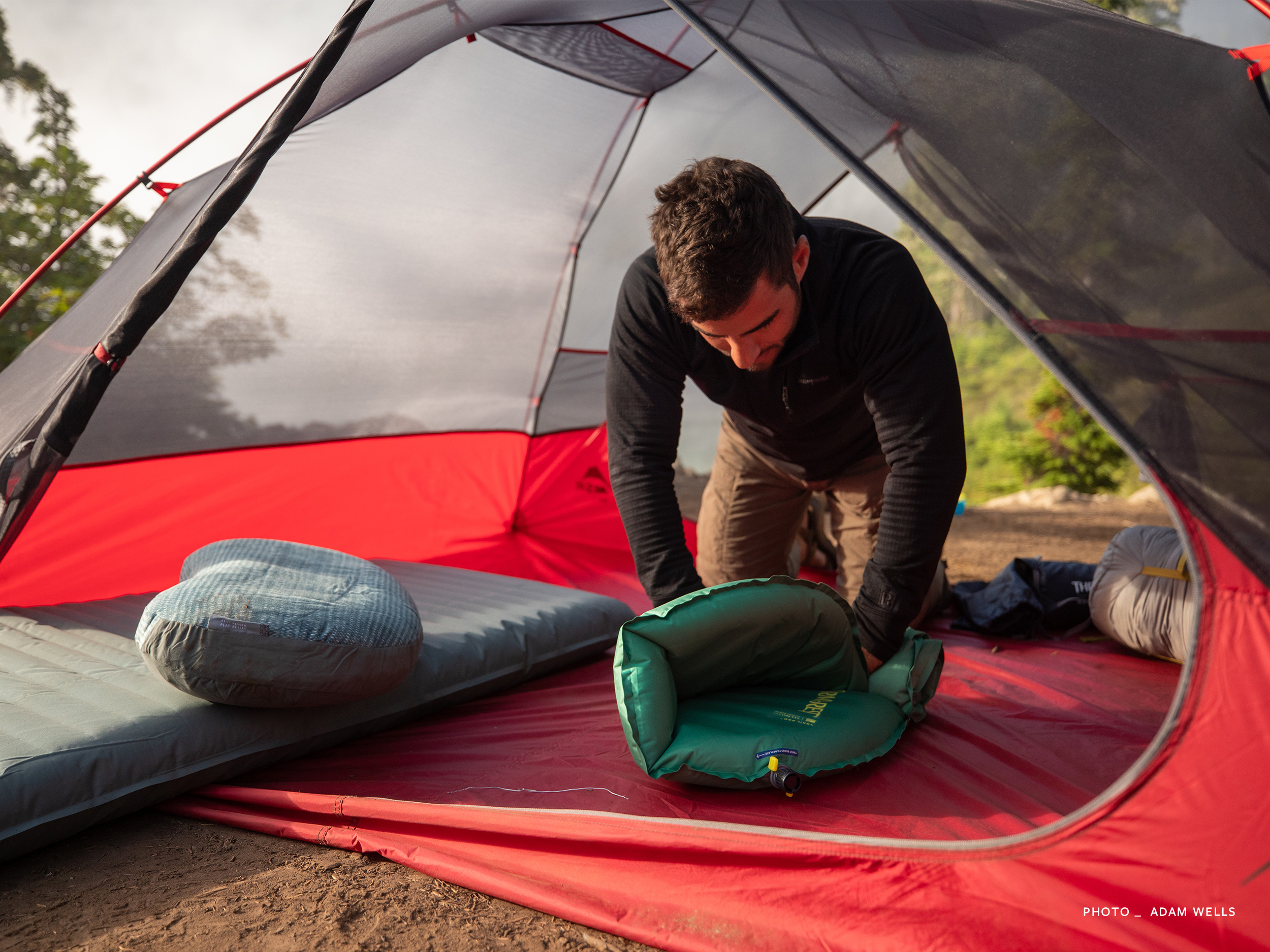 therm-a-rest-trail-pro-self-inflatable-matras-slaapmat-oprollerY95IPHFPaRUsO
